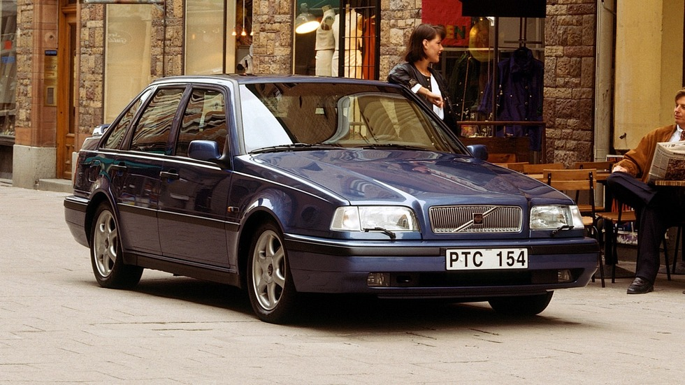 Volvo 440 Worldwide '1994–96