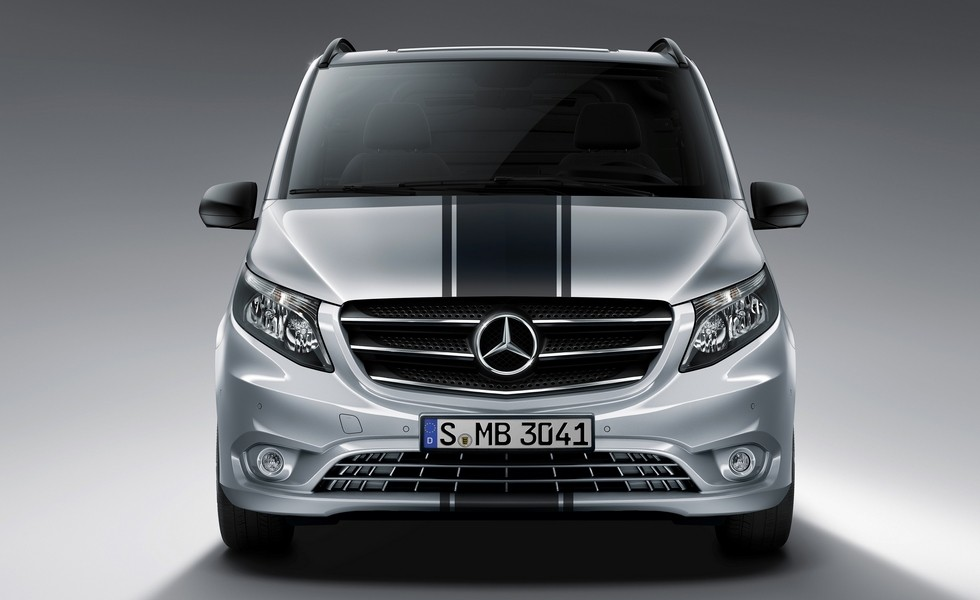 Весной в РФ появится особенная версия минивэна Мерседес-Бенс Vito Sport Line