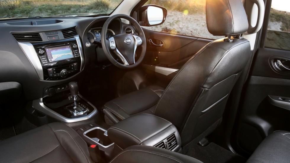 "Nissan Navara ST-X Dual Cab 4×4 ""N-Sport Black Edition"""