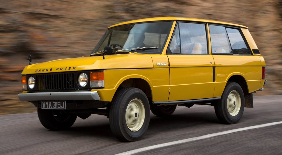На фото: Renage Rover 3-door 1970 года