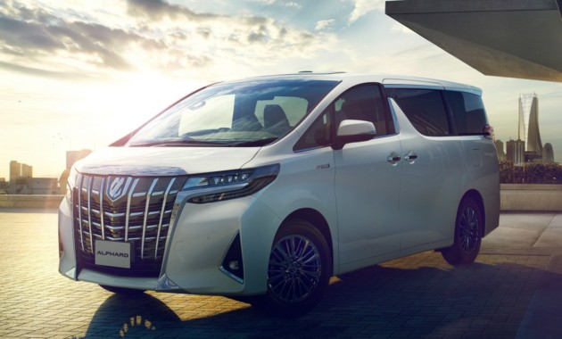 Новый Тойота Alphard в РФ