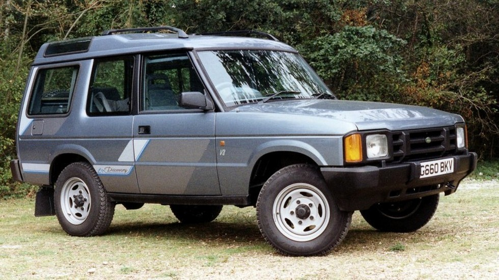 1Land Rover Discovery 3-door UK-spec '1989–94