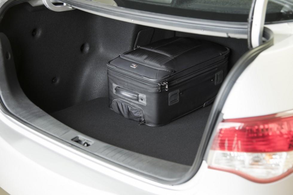 4Интерьер Nissan Almera '2012–н.в.
