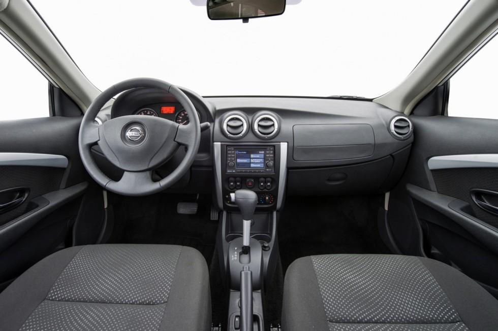 4Интерьер Nissan Almera CIS-spec (G11) '2012–н.в.