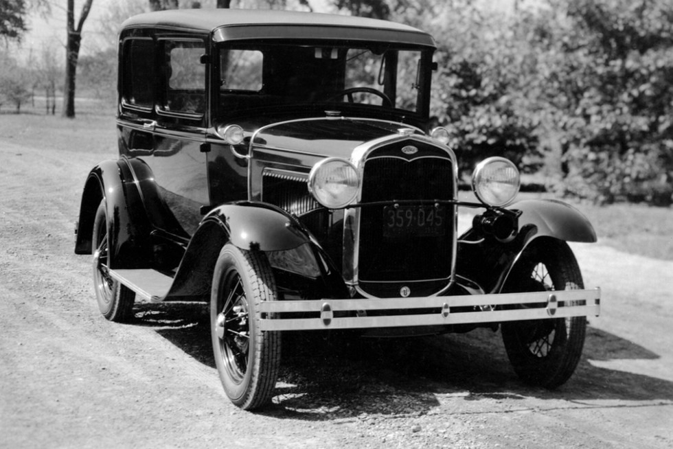 На фото: Ford Model A Sedan '1930–31