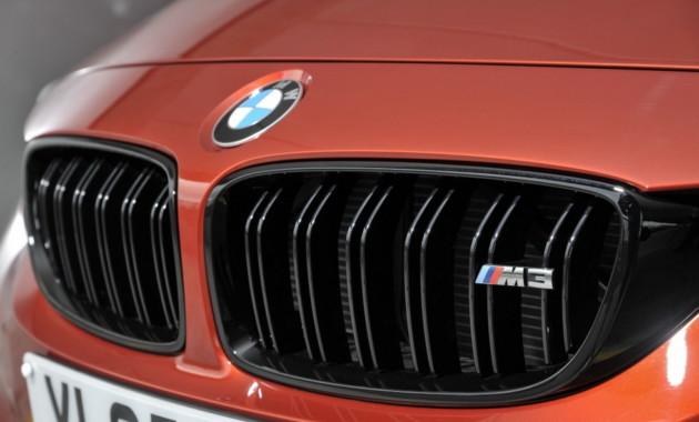Фотошпионы выложили фото купе BMW M8, сделанные в Нюрбургринге