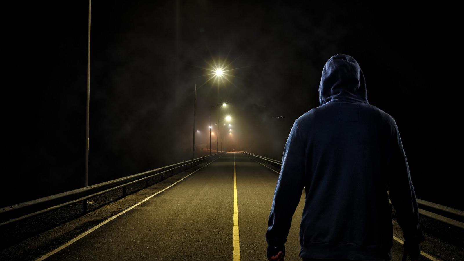 Водители обязаны надевать светоотражающий жилет