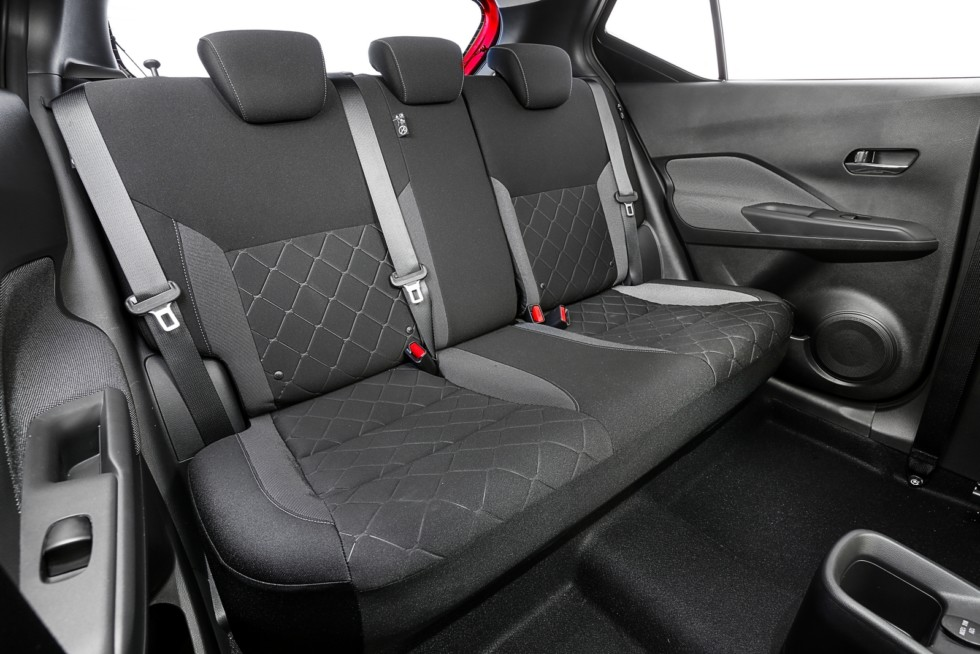 Интерьер Nissan Kicks S Latam '2016–н.в.