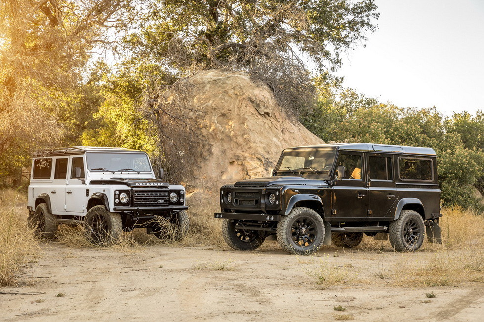 Land Rover Defender 3