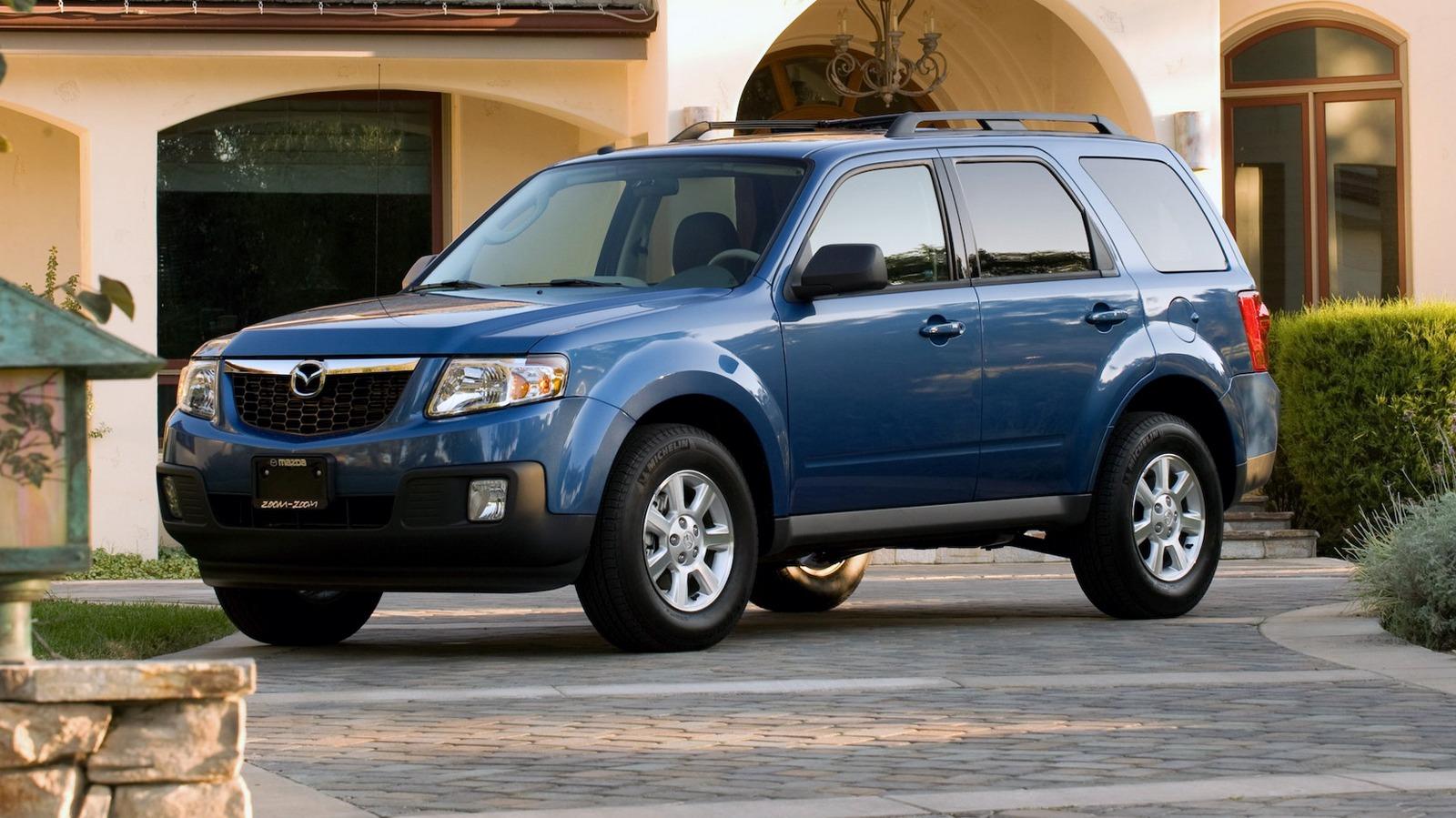 На фото: Mazda Tribute '2007–11