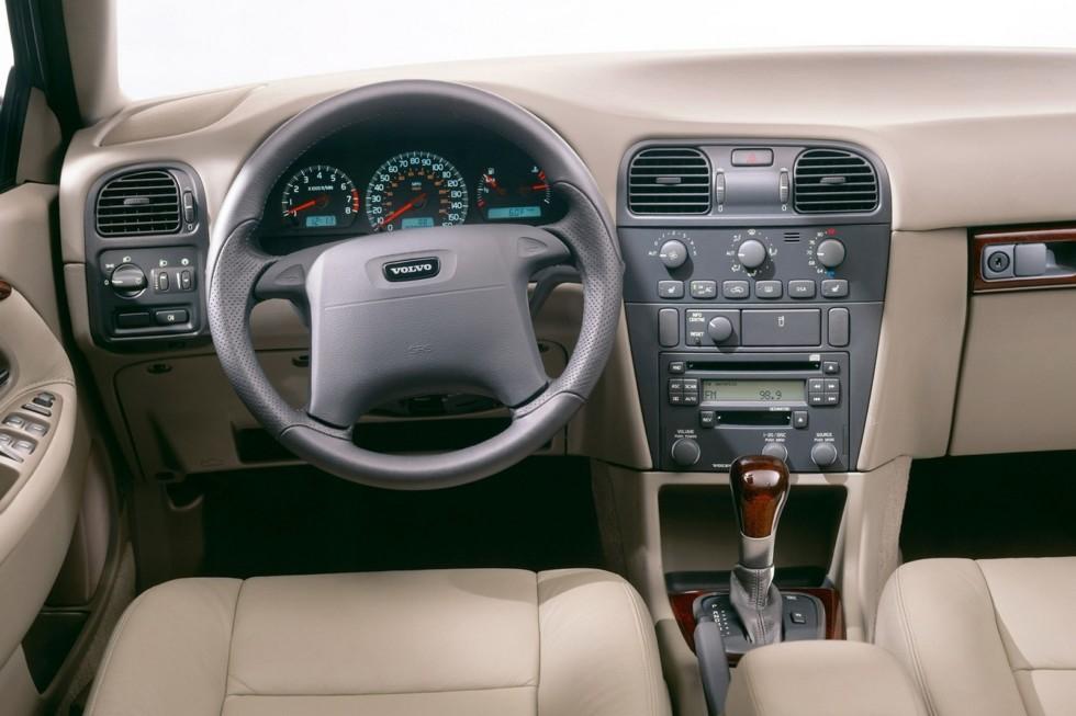 Торпедо Volvo S40 Worldwide '2000–02ч