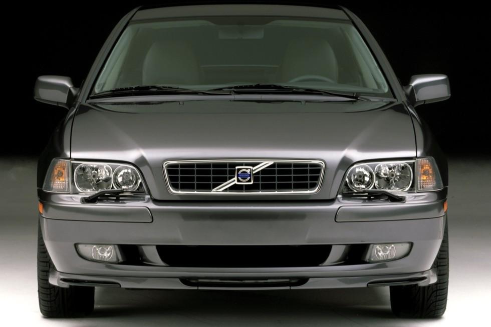 Volvo S40 Worldwide '2002–04сс