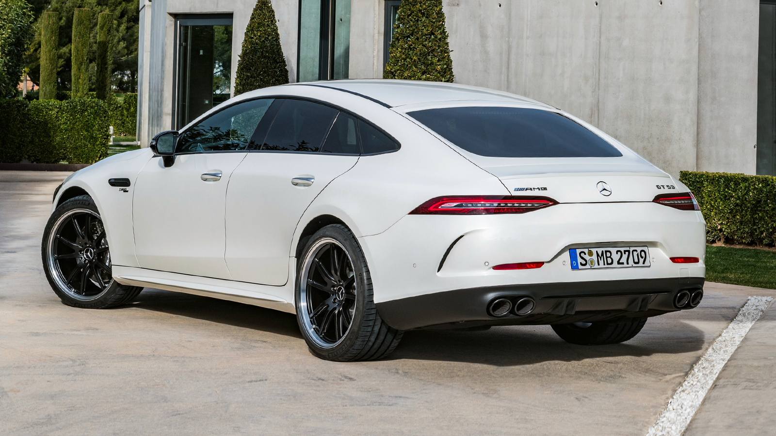 mercedes-amg_gt_53_4matic_4-door_coupe_19