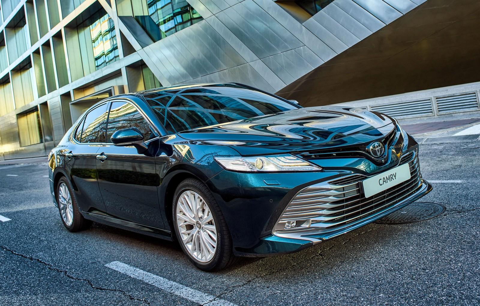 Toyota Camry – новое премиум-авто 2018 года