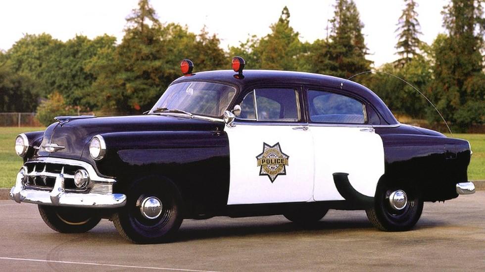 1953 chevrolet 150 полиция