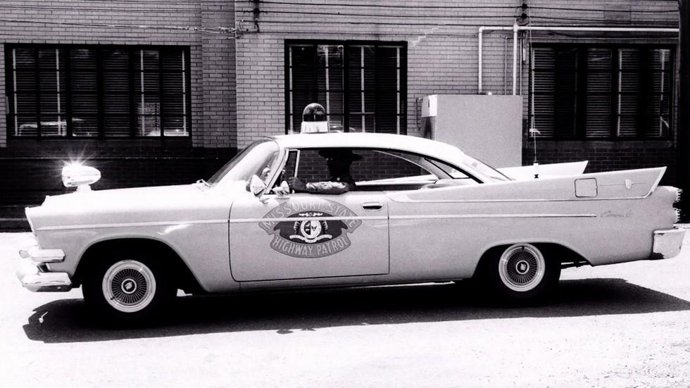 1958 dodge coronet полиция