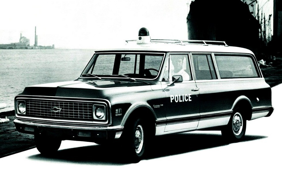 1972 chevrolet c10 suburban полицейский