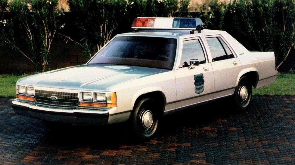 1988 ford ltd crown victoria полиция