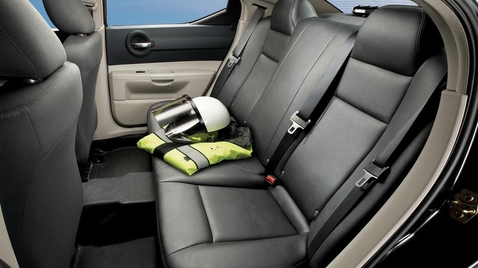 2006 dodge charger задние сидения патрульного автомобиля