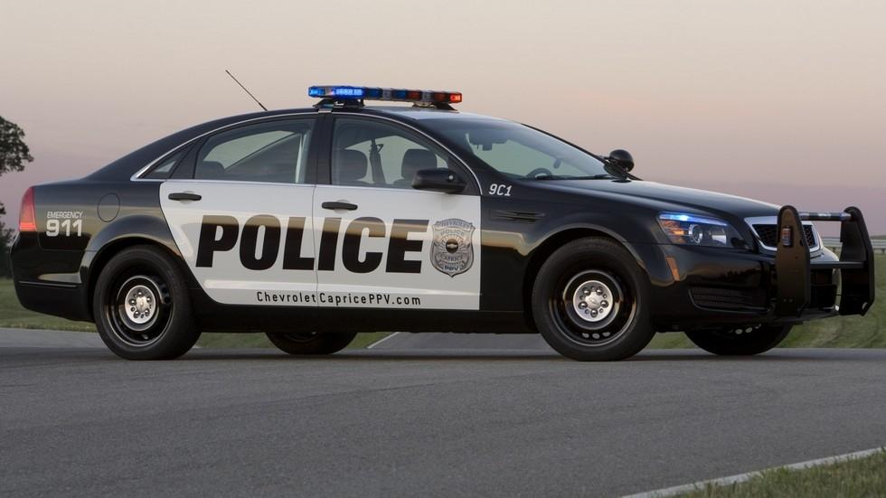 2010 chevrolet caprice полицейский вид сбоку