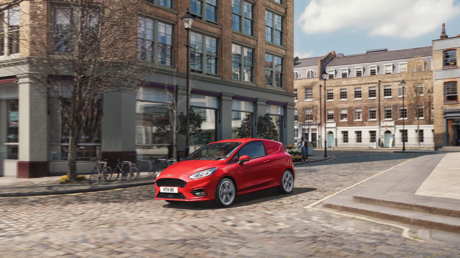 Форд продемонстрировал новый фургон Fiesta Sport Van