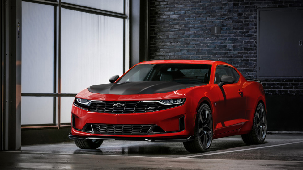 The 2019 Camaro Turbo 1LE joins the track-focused 1LE lineup, of