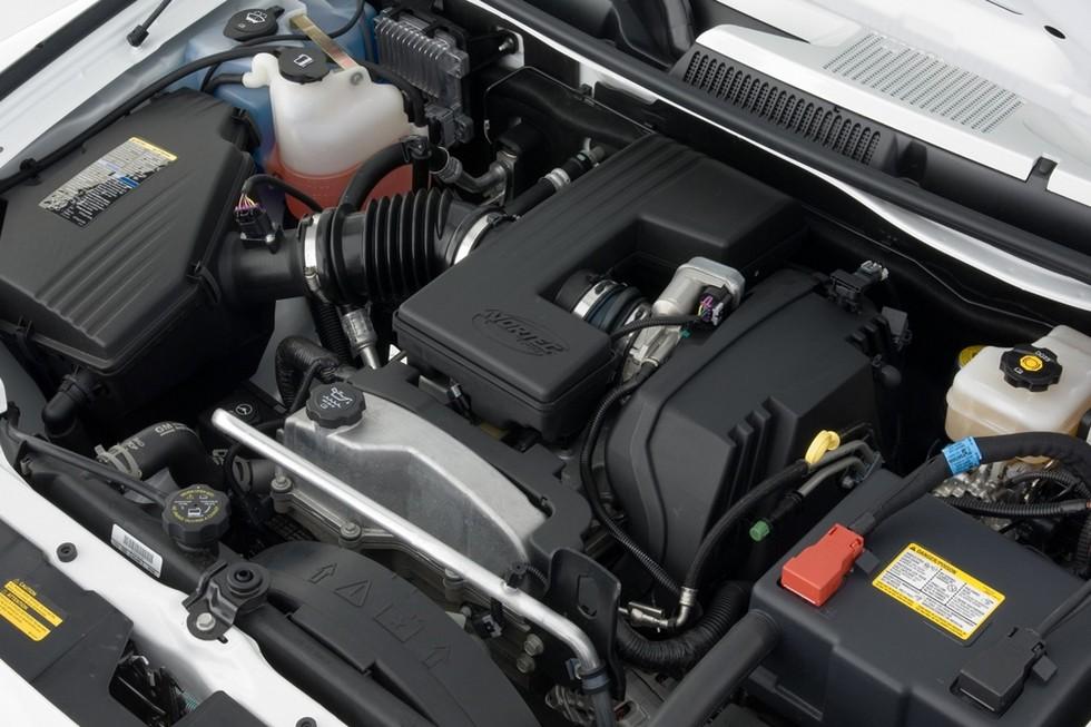 Под капотом Hummer H3 двигатель