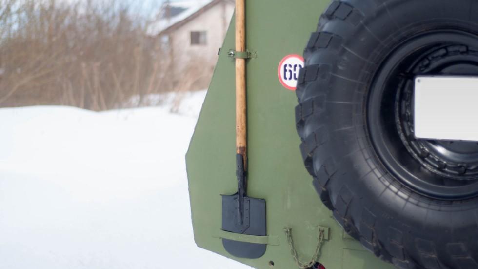 БТР 152В лопата на корме