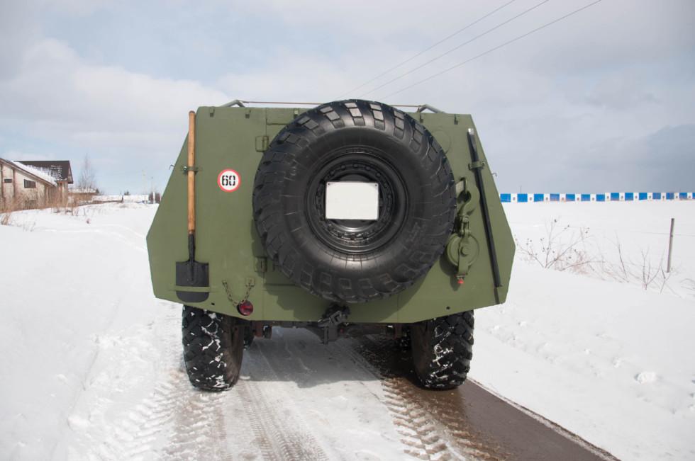 BTR_152V_szadi_02