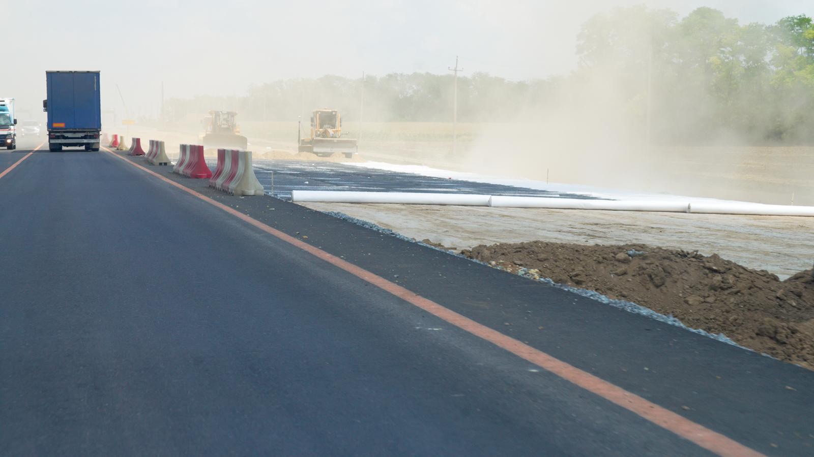 Реконструкцию единственной ведущей вСочи дороги планируют начать в 2019г