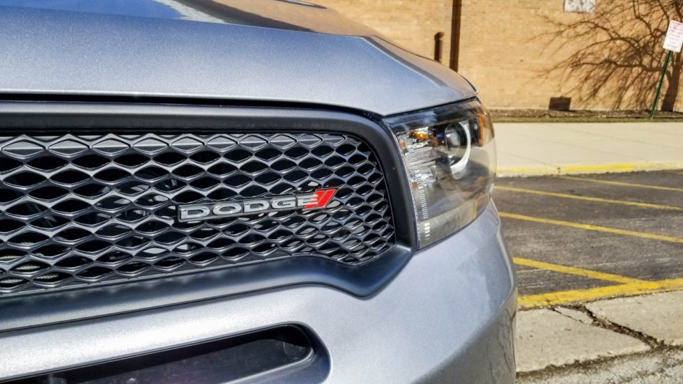 Dodge Durango решетка радиатора