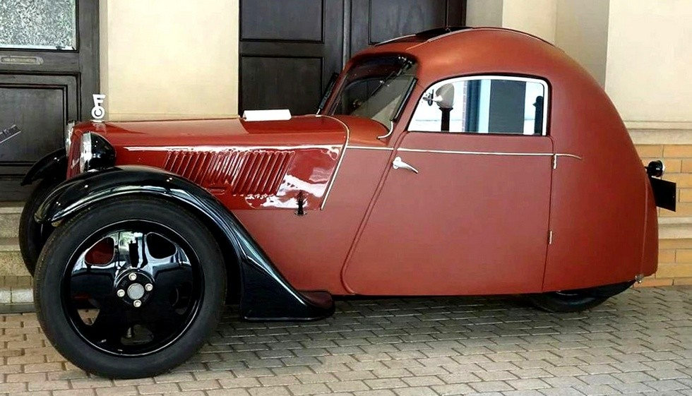 Переднеприводная трехоска Framo Stromer с 200-кубовым двигателем в шесть сил, весившая 320 кг. 1933 год