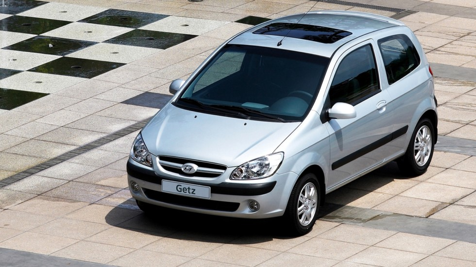 Hyundai Getz серый вид три четверти