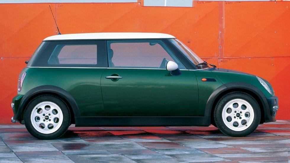 Mini Cooper (R50) '2001–04 зелёный вид сбоку