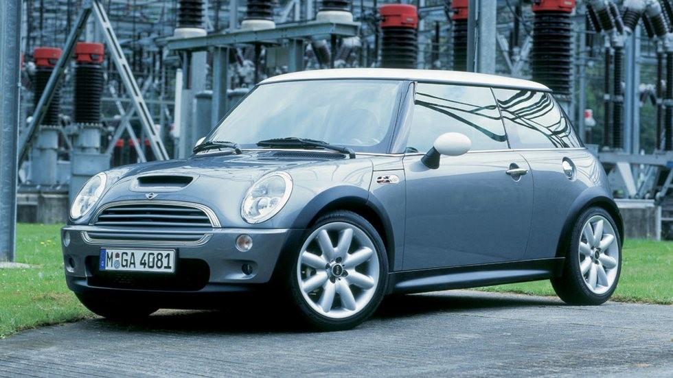 Mini Cooper S серый вид три четверти