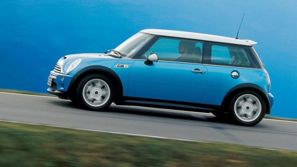 Mini Cooper S (R53) '2001–04 голубой вид сбоку