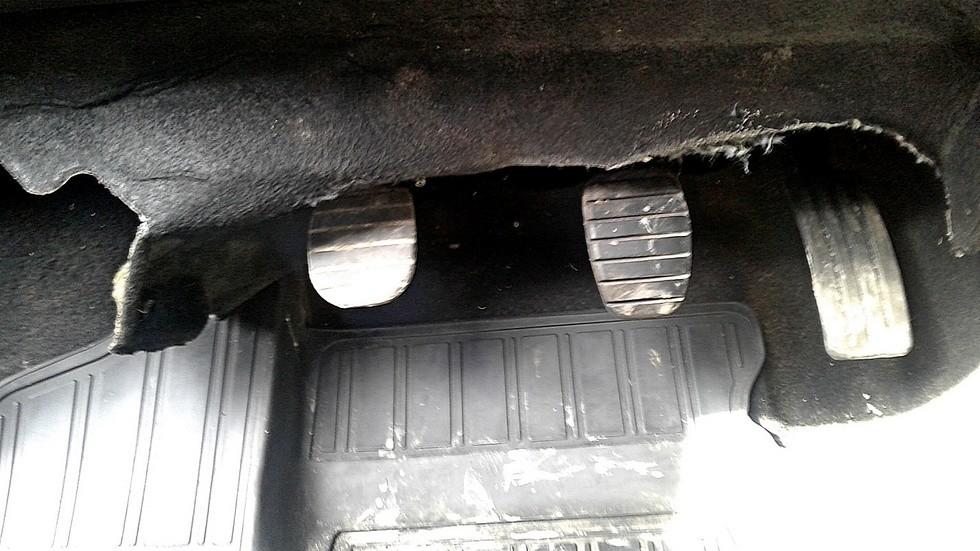 Renault Duster педальный узел
