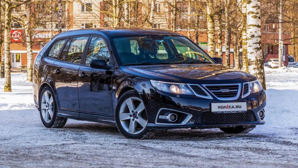 Saab 9-3 SportCombi черный вид три четверти