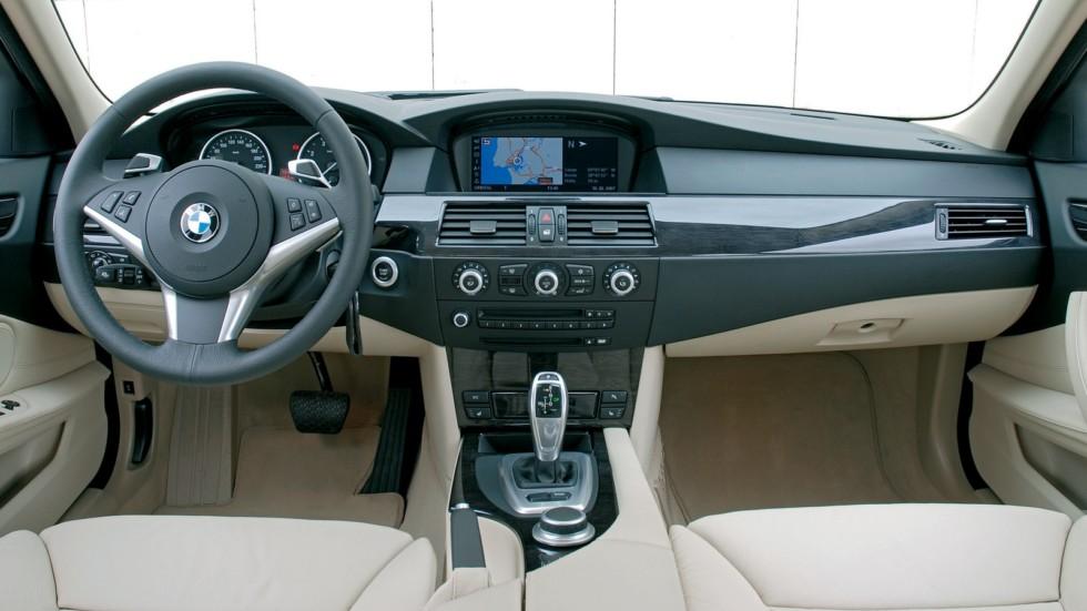 BMW (E60) интерьер