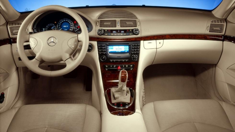 Mercedes-Benz интерьер