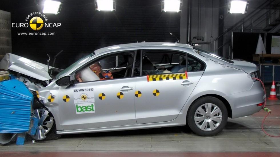 Volkswagen_Jetta_краш_тест_03