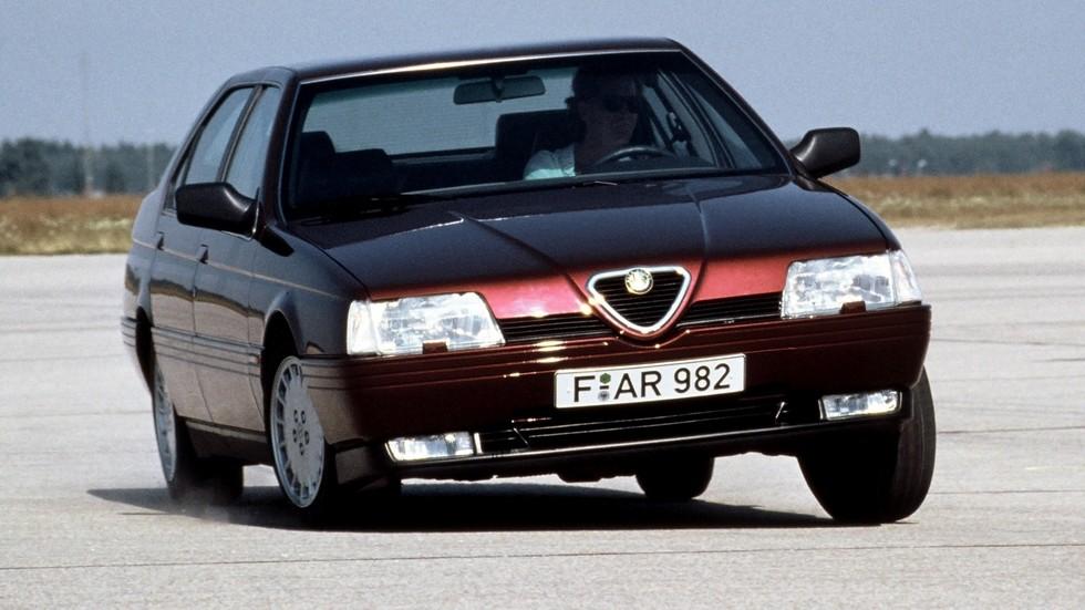 Alfa 156 V6 Turbo на ходу вид три четверти