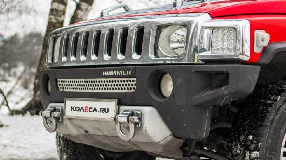 Hummer H3 красный вид передней части
