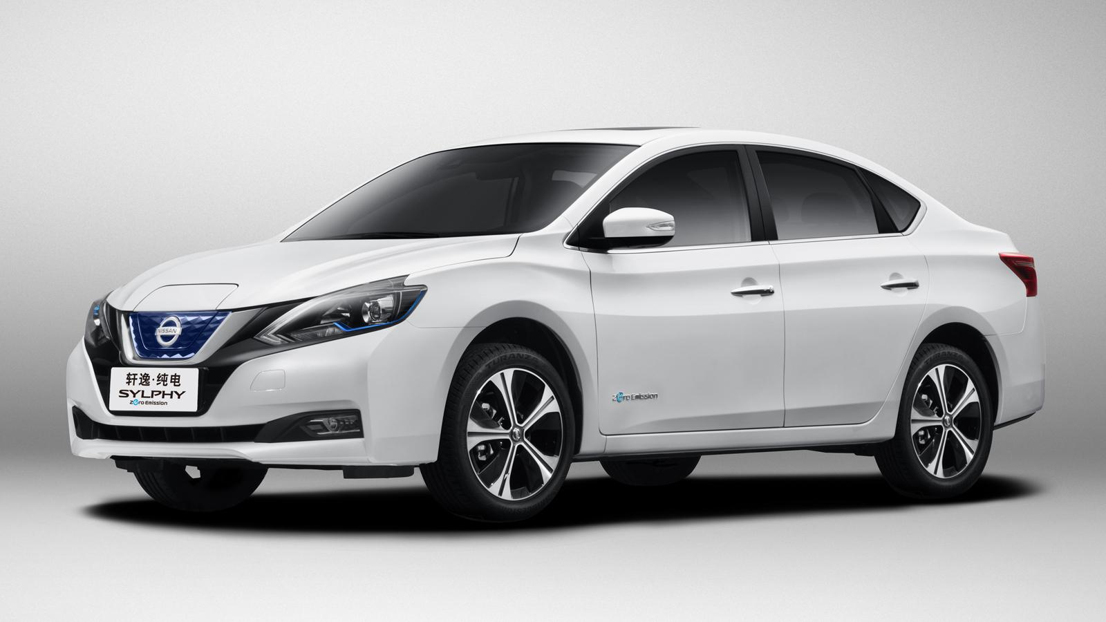 Nissan представил электрокар Sylphy сзасекреченным салоном