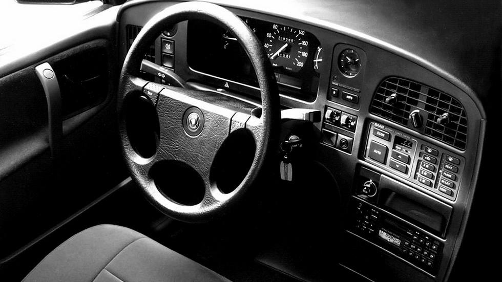 SAAB 9000 Turbo салон