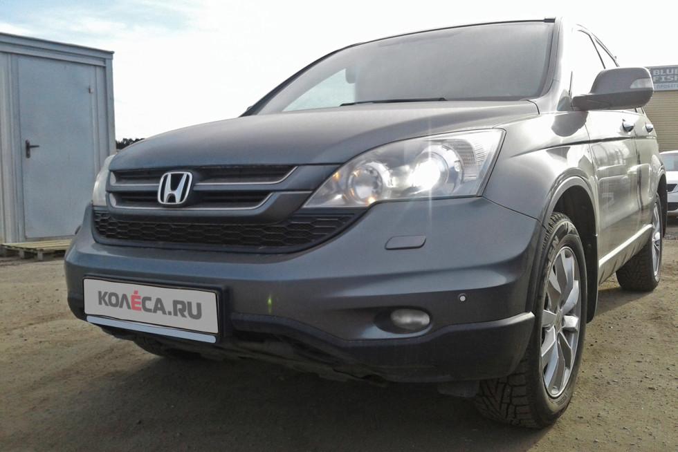 Honda CR-V темно-серый