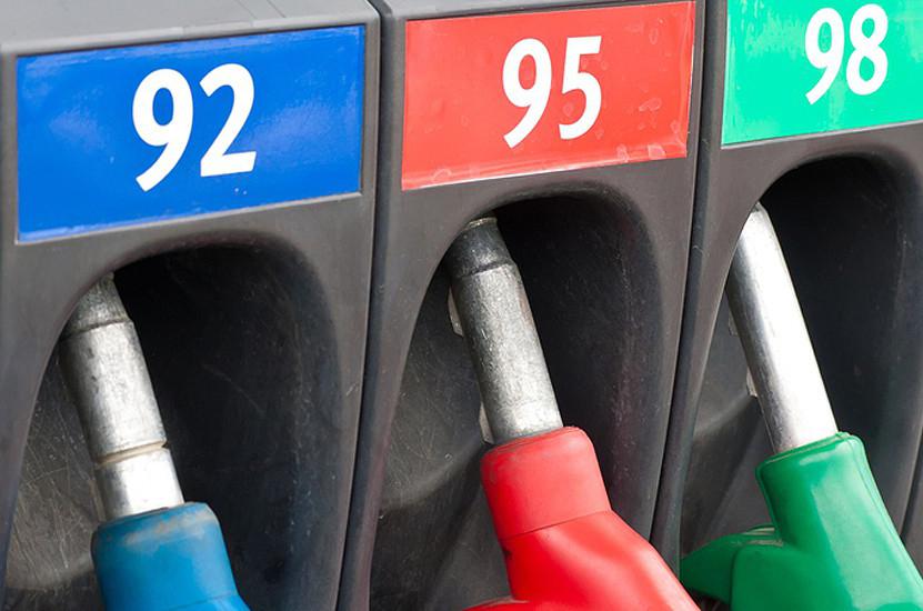 Бензин в РФ будет дорожать: «плавающие акцизы» на топливо не одобрил...