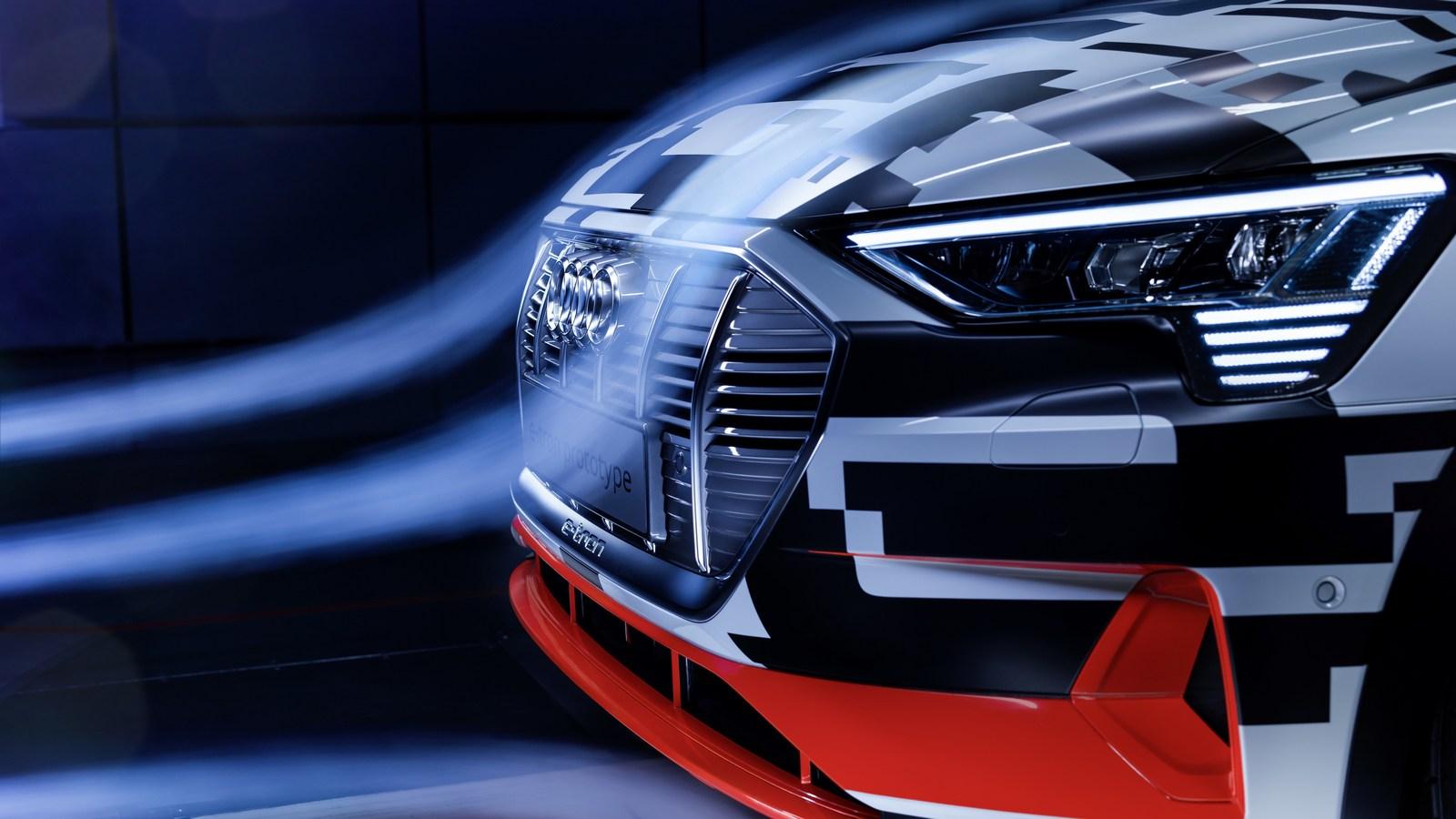Серийный электрокроссовер Audi e-tron избавится отбоковых зеркал