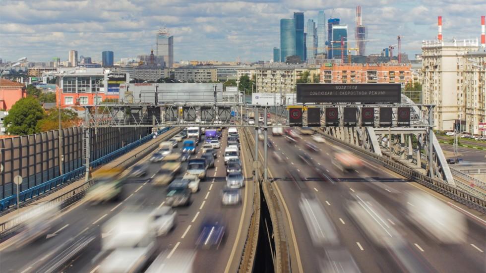 Средний возраст «легковушек» в России составляет 13 лет