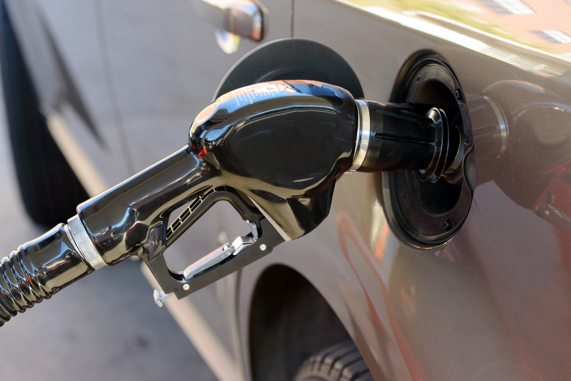 Минэнерго прогнозирует внушительный рост продаж газовых машин, но не объясняет, почему